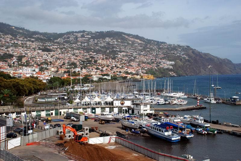 מדירה - פונשל העיר והנמל