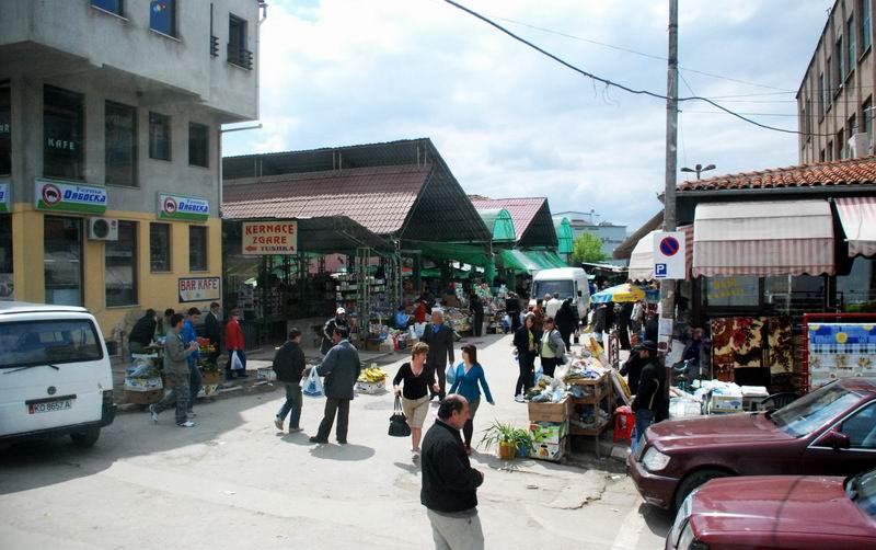 אלבניה - יום שוק בקורצ'ה