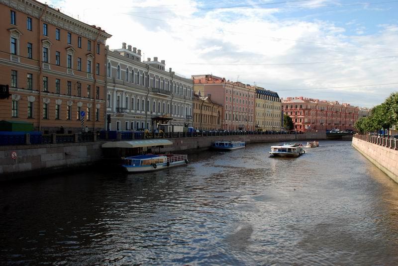 רוסיה - סנט פטרבורג - 'רחוב'