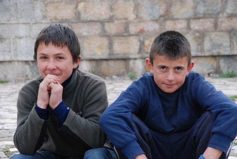 אלבניה - נערים