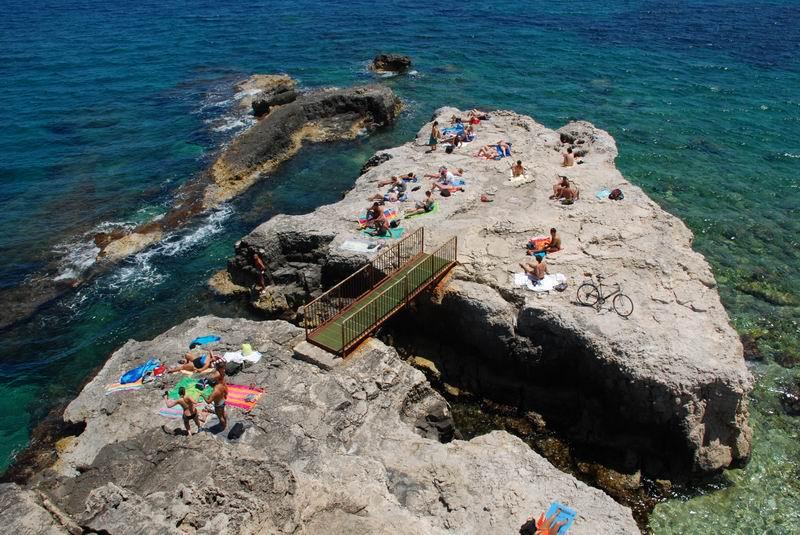 סיציליה - אורטיז'ה - סלע ההשתזפות
