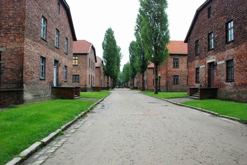 פולין - אושוויץ - מבני המחנה