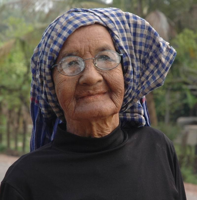 קמבודיה - זקנה