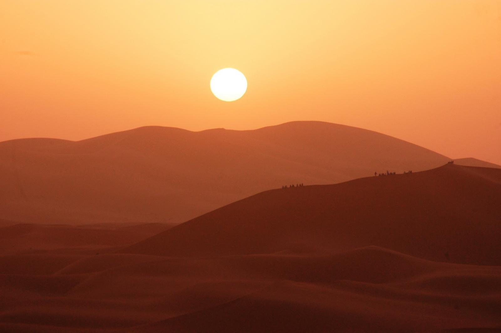 זריחה בסהרה - מרוקו