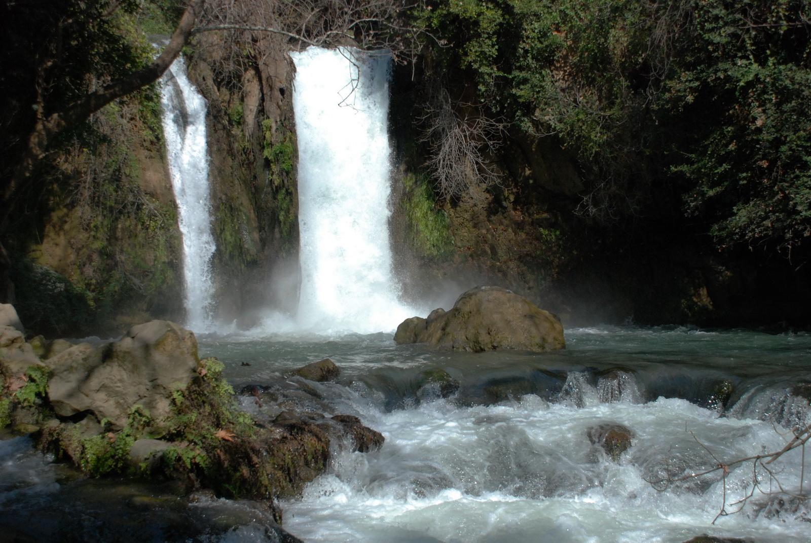 גליל עליון - בניאס - המפל
