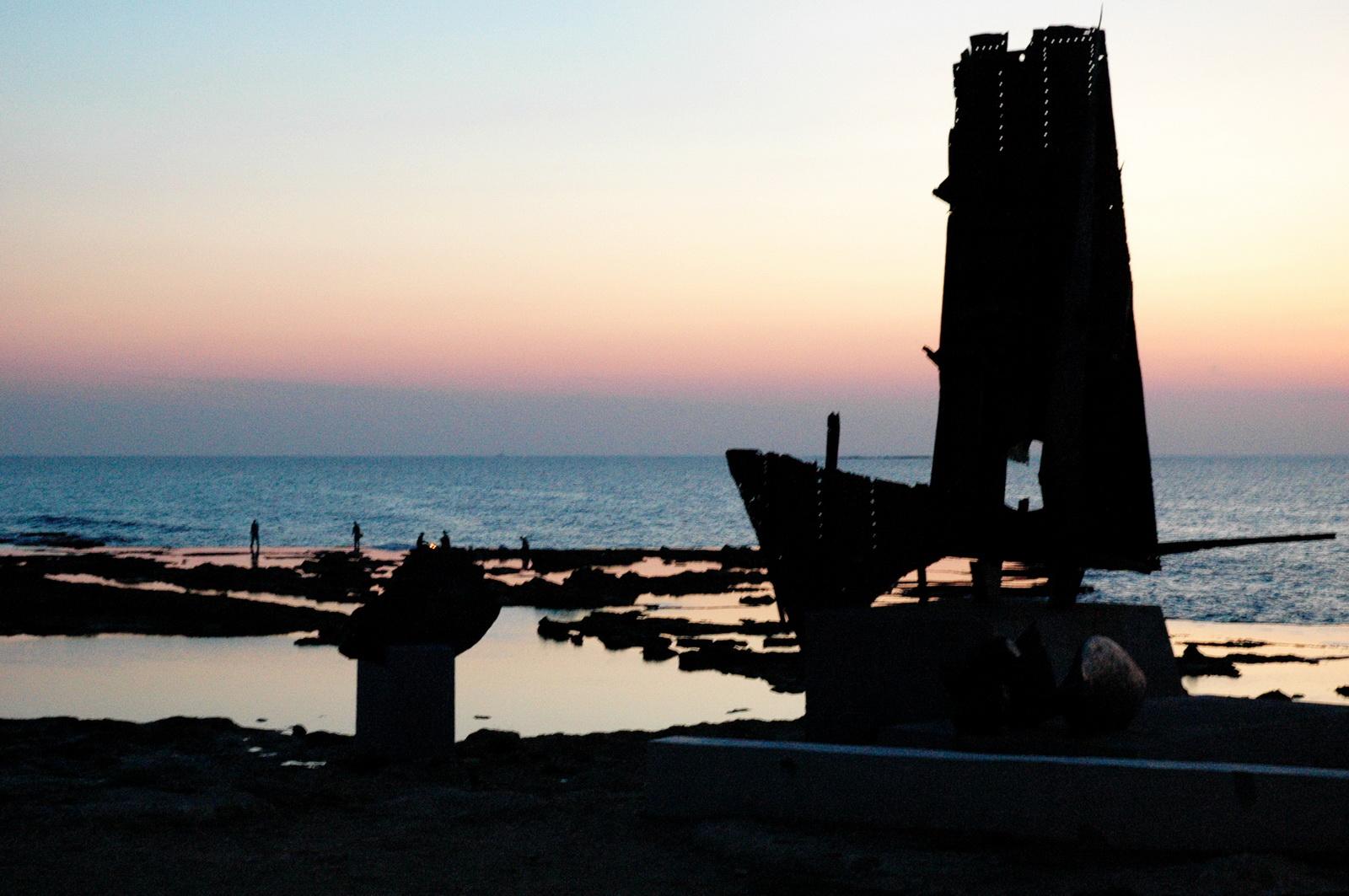 גליל מערבי  - אנדרטת ההעפלה - חוף אכזיב