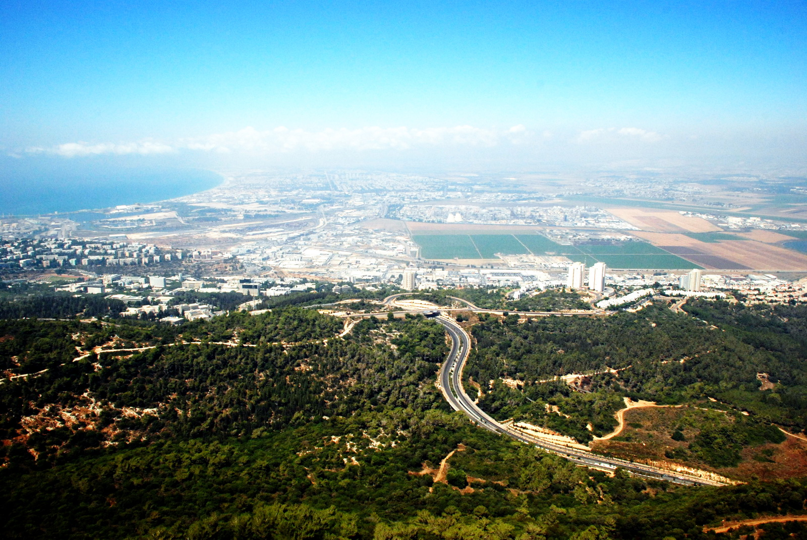מפרץ חיפה ממרומי האוניברסיטה