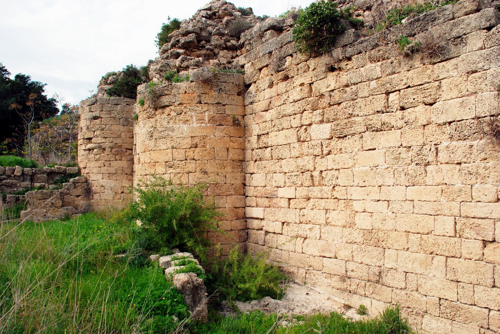 הבונים - שרידי מבצר מימי הביניים