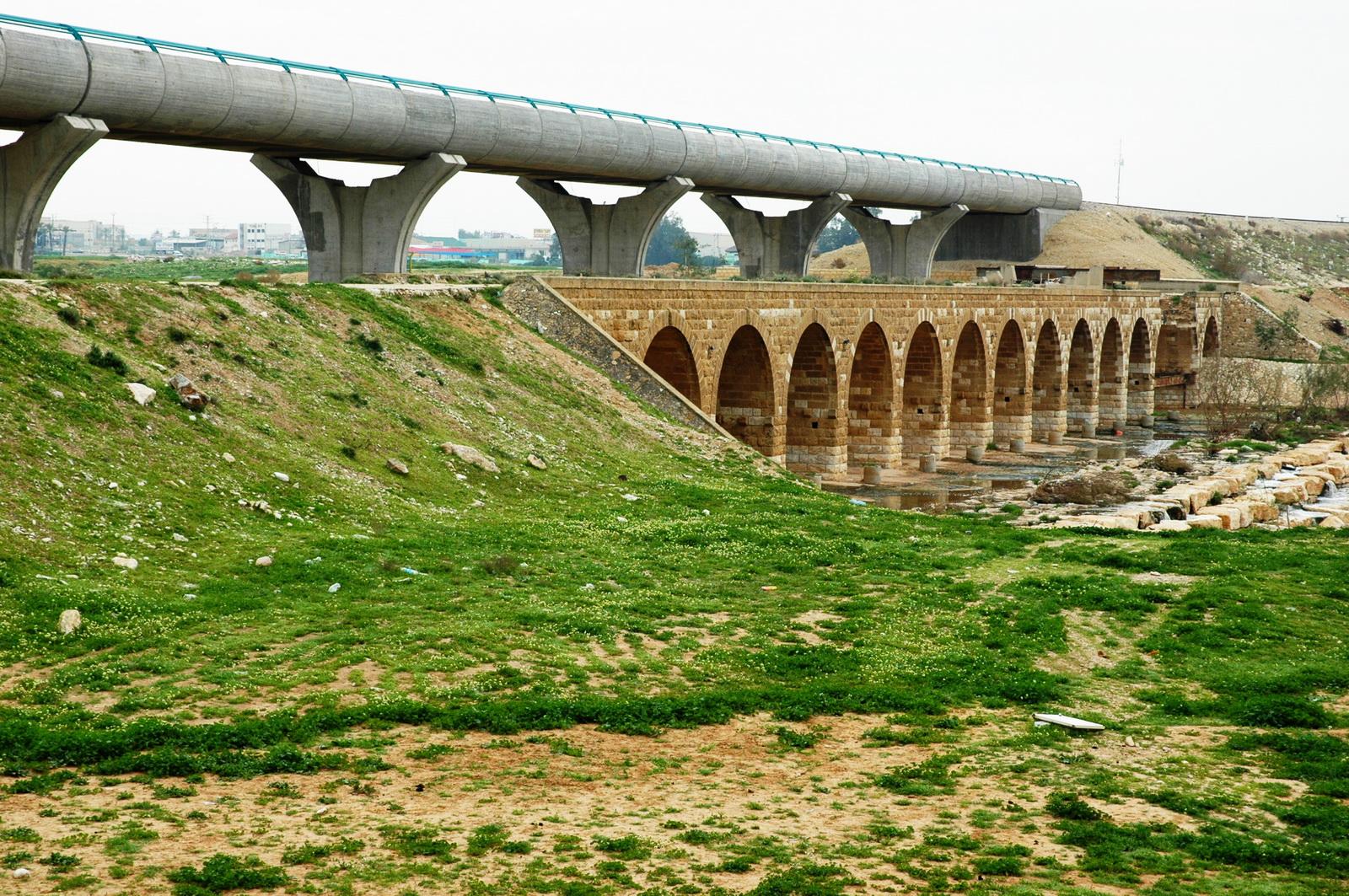 ב. שבע  - נחל ב. שבע  -  הגשר התורכי  והחדש