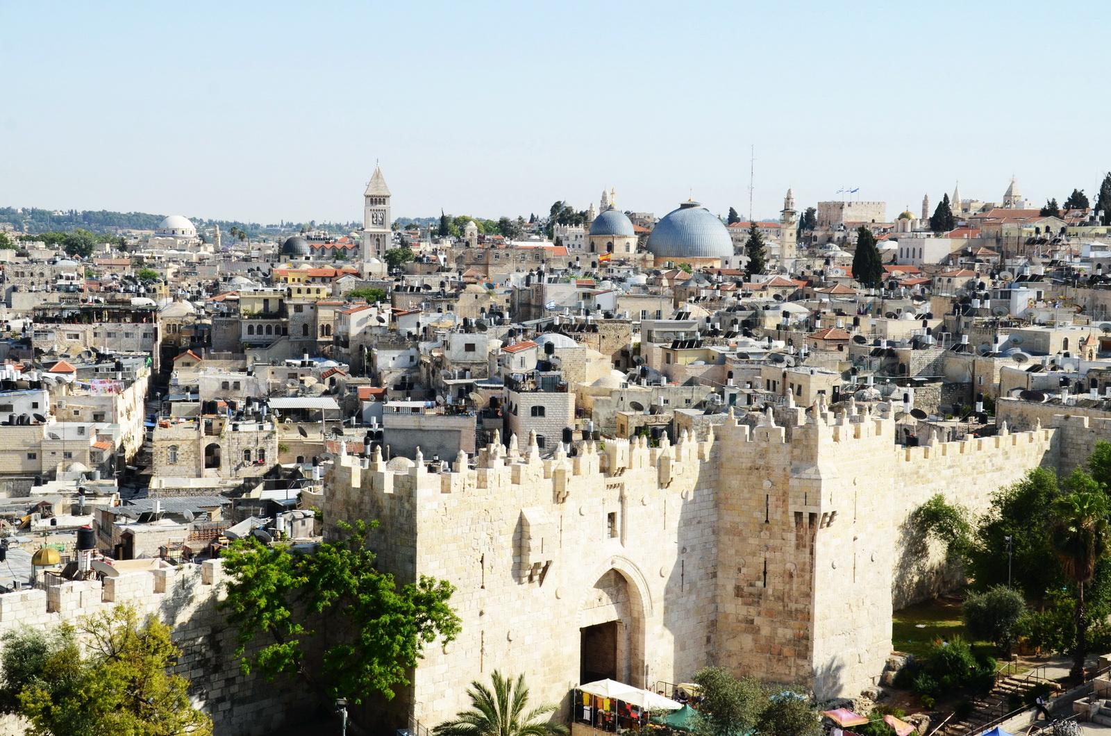 י-ם - גגות העיר העתיקה