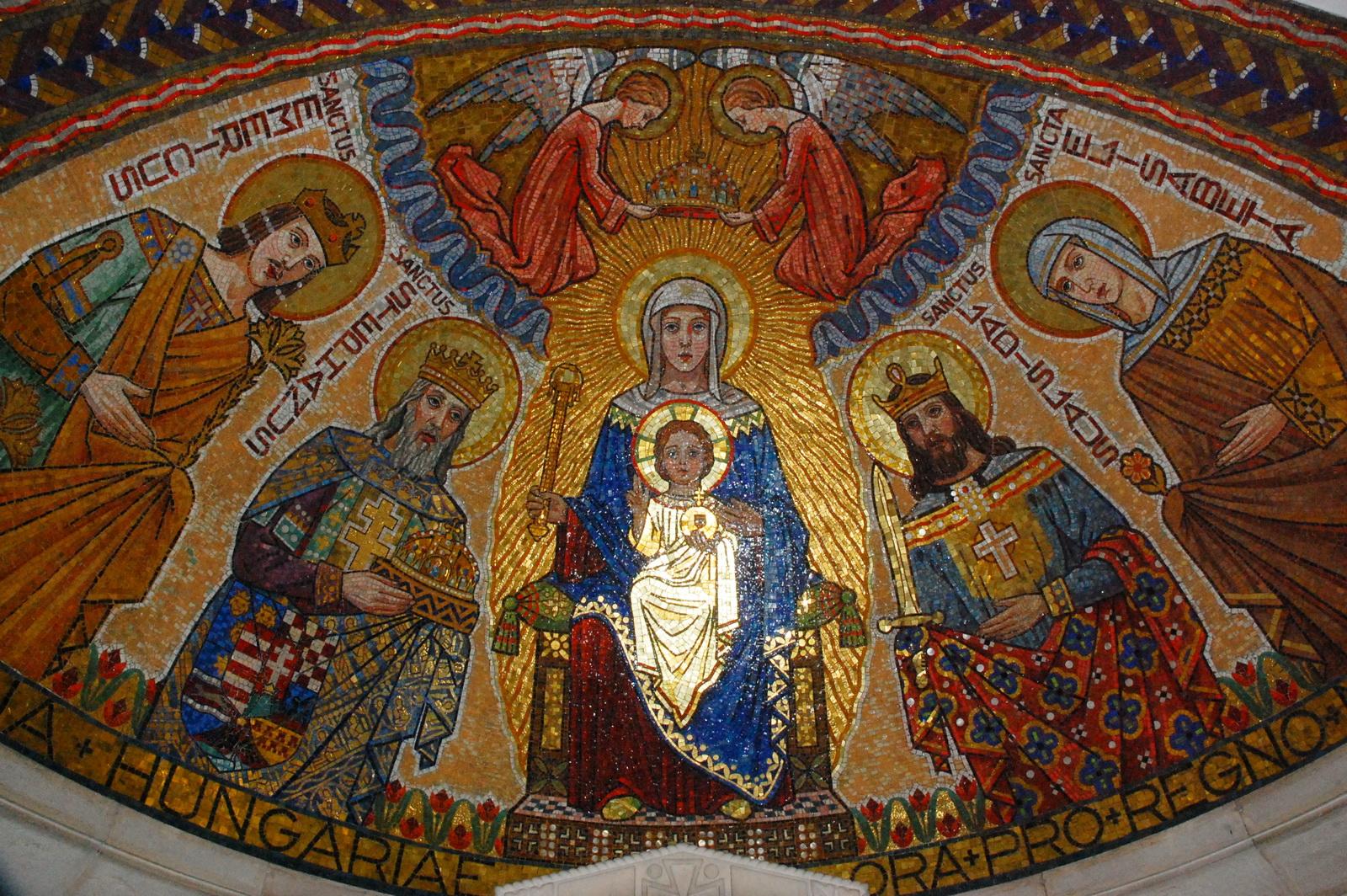 כנסיית הדורמיציון - תקרה מפוארת