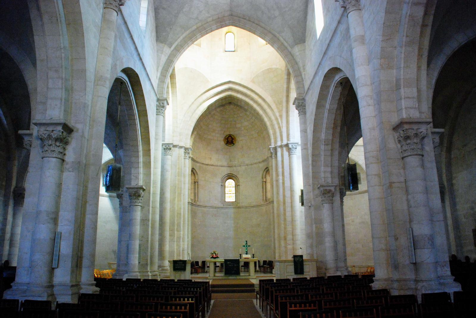 כנסיית הגואל - אולם התפילה