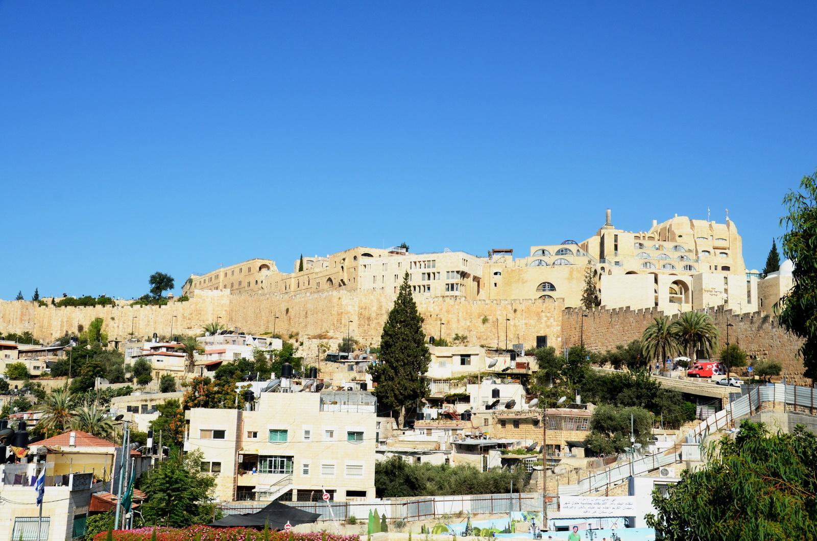 אזור הרובע היהודי שמעבר לחומות העיר