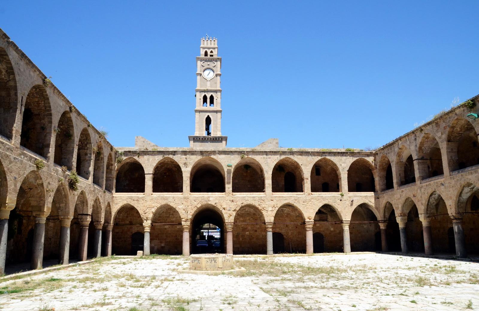 עכו - חאן אל עומדן - החאן הכי יפה בארץ (אך מוזנח) מן המאה ה 17 לערך