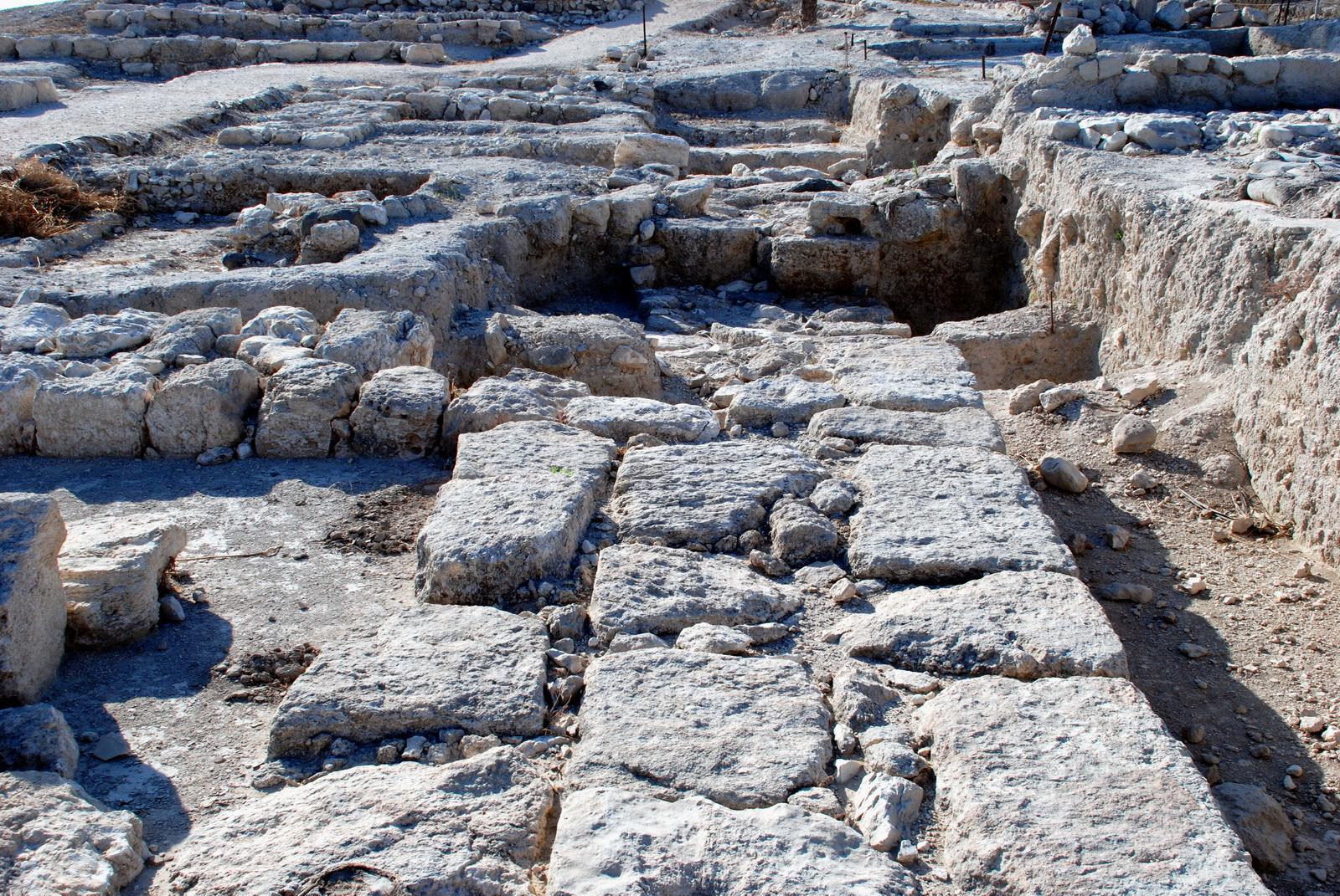 מגידו - שרידי הארמון הצפוני