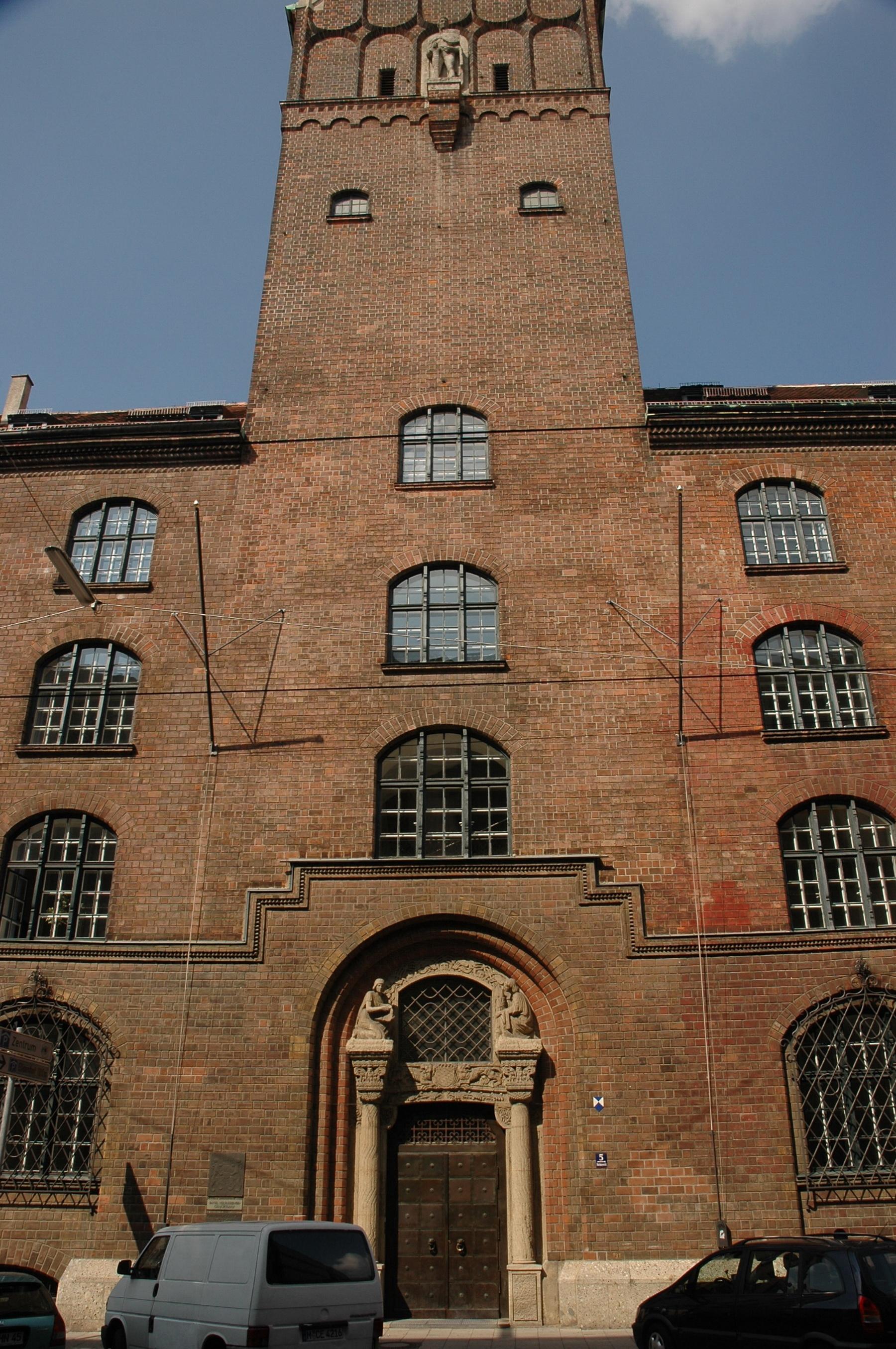 מינכן - העיר העתיקה - מגדל