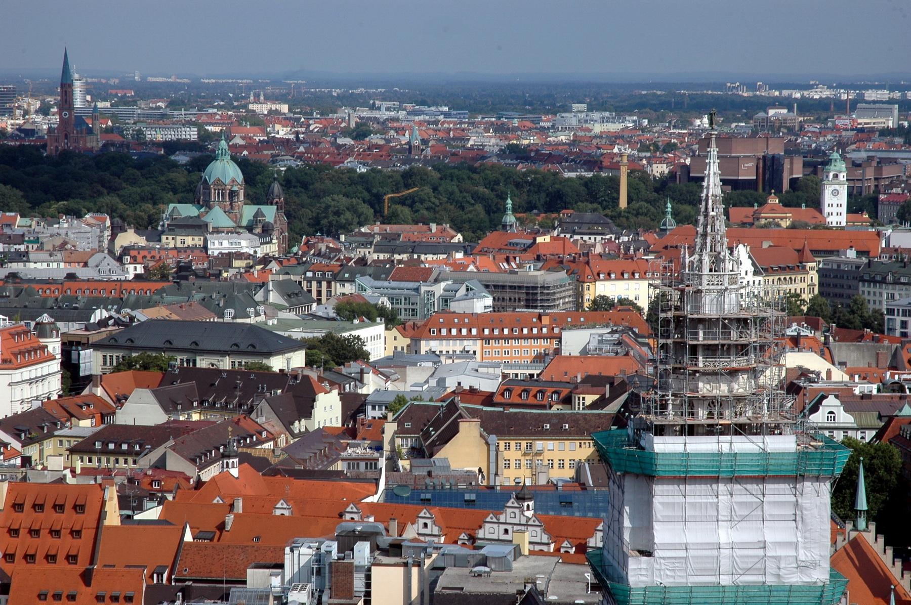 מבטים ממגדל הכנסייה
