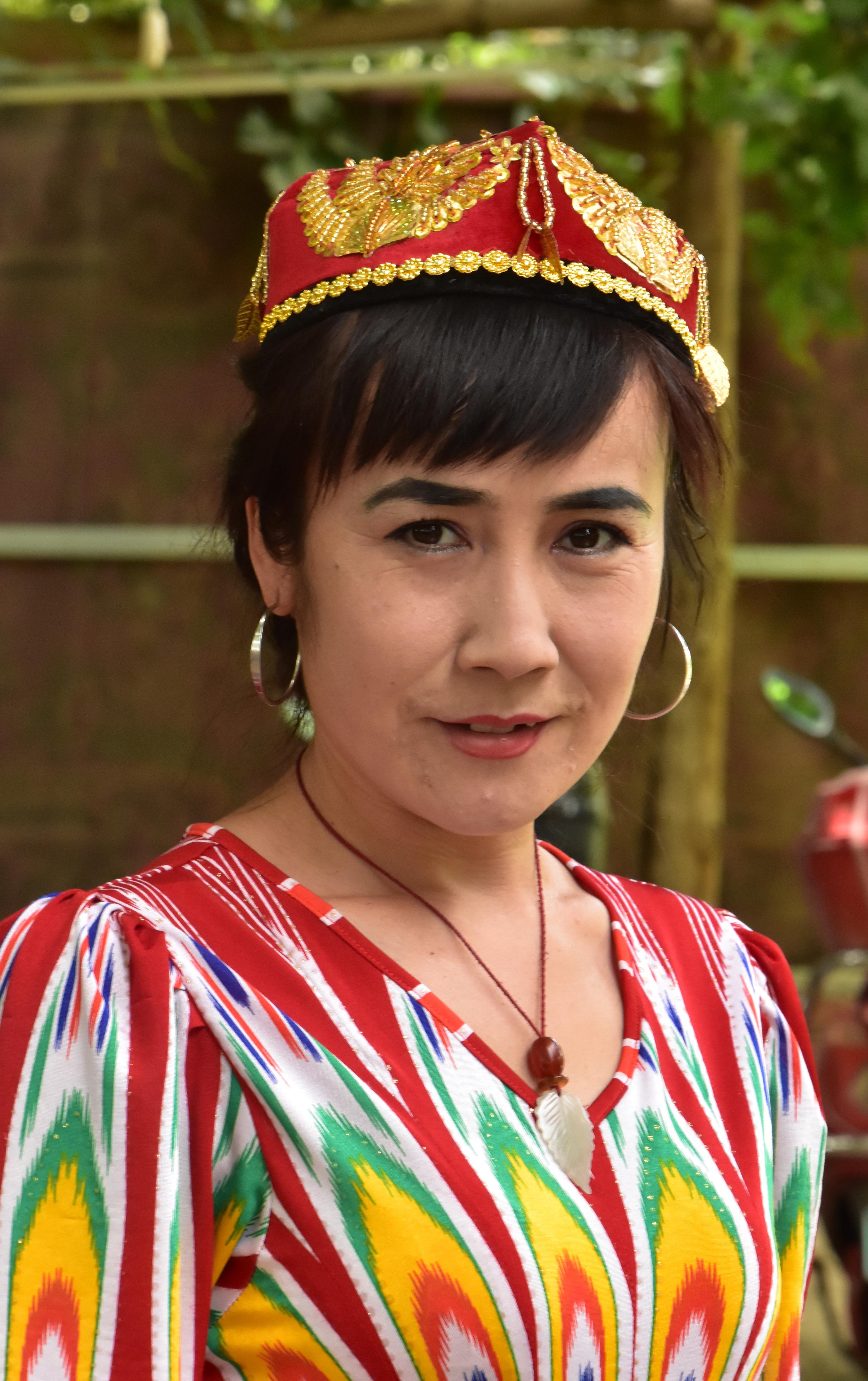 סין - גברת צבעונית